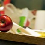 Фотография динамичного яблочка