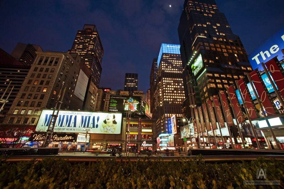 Нью Йорк и ньюйоркцы в отражениях