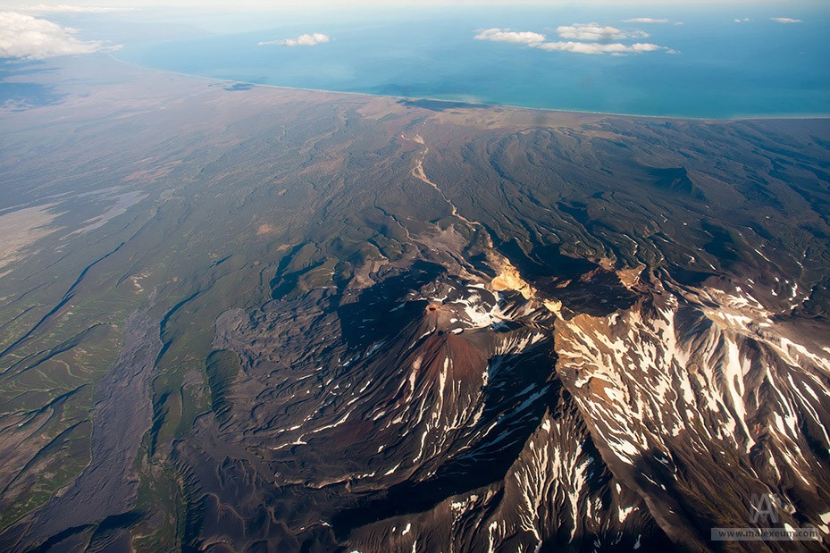 вулканы Камчатского края