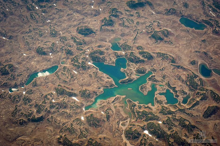 Озеро в кальдере вулкана Узон
