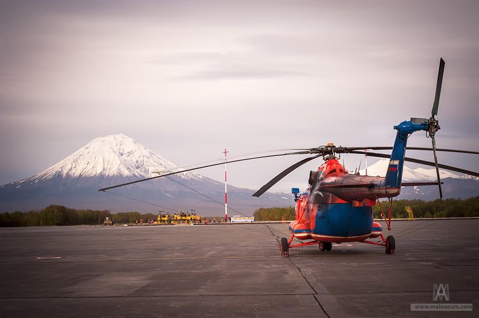 Вертолет в Елизово