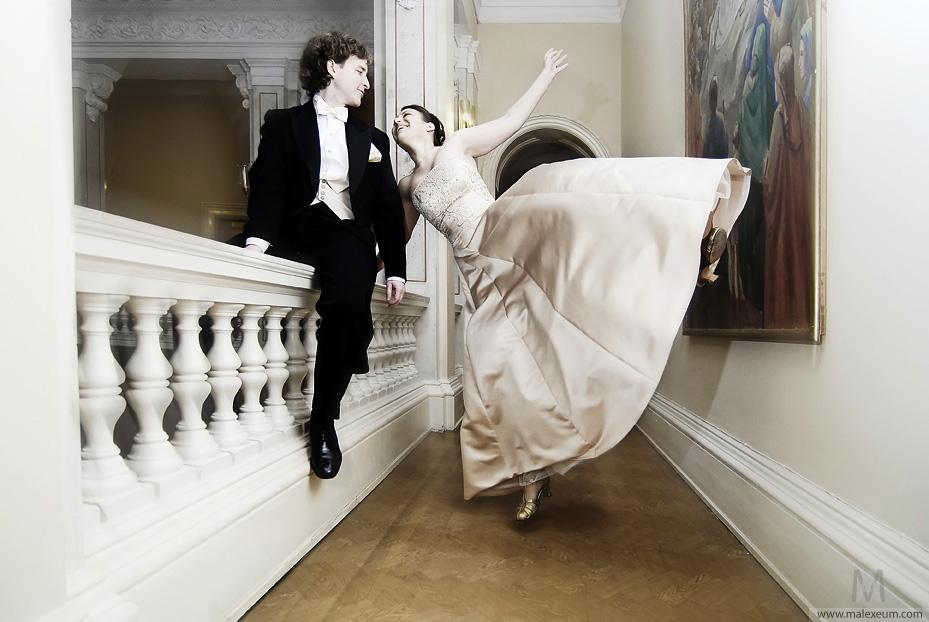 жених и невеста на свадьбе, фотосъемка молодоженов, фотосъемка на свадьбе, свадебный фотограф, нужен свадебный фотограф в Москве, посоветуйте фотографа, свадебная фотосессия, профессиональный фотограф