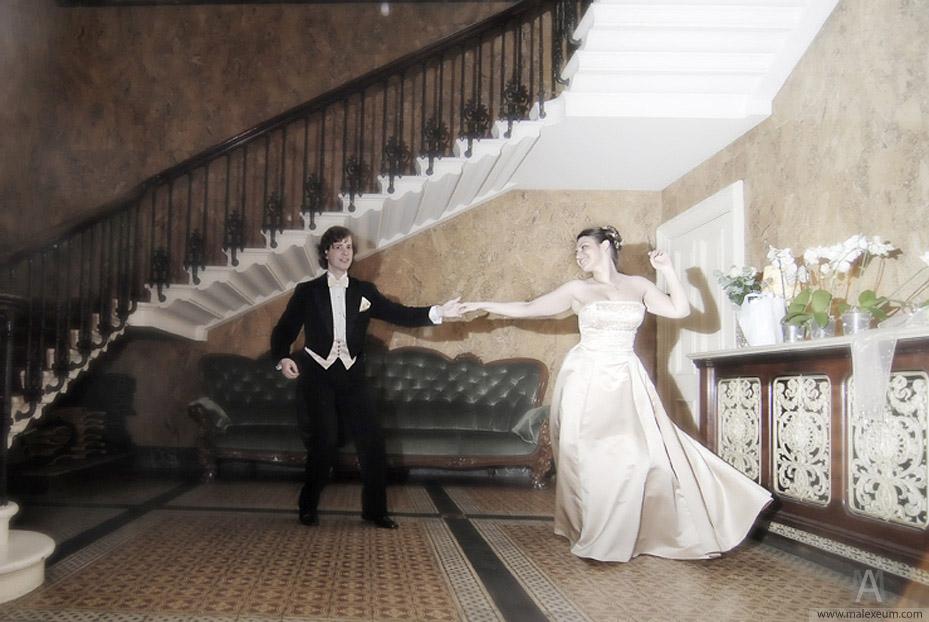 первый танец, свадебный танец, линди хоп, танец на свадьбе, уроки танцев, свадьба, фото свадьба, жених и невеста, танец на свадьбу, первый танец на свадьбу, танец из свадьбы в малиновке, свадебный танец, прикольный танец, линди, бальбоа, пьяные танцы
