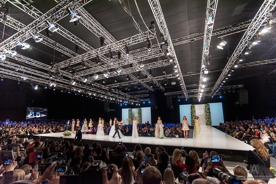 неделя моды в москве юдашкин 29 октября фото