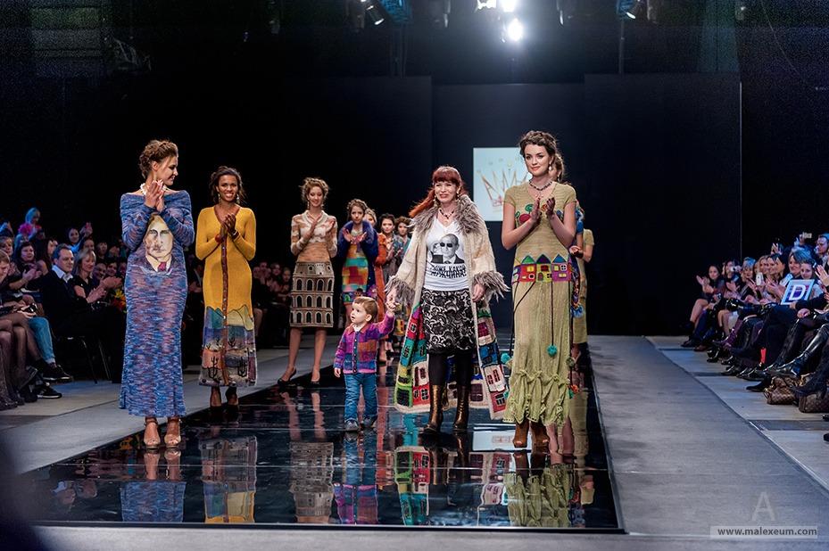 показ недели моды в москве