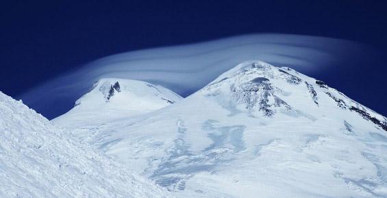 Эльбрус укрытый облаками - сайт портфолио фотографа